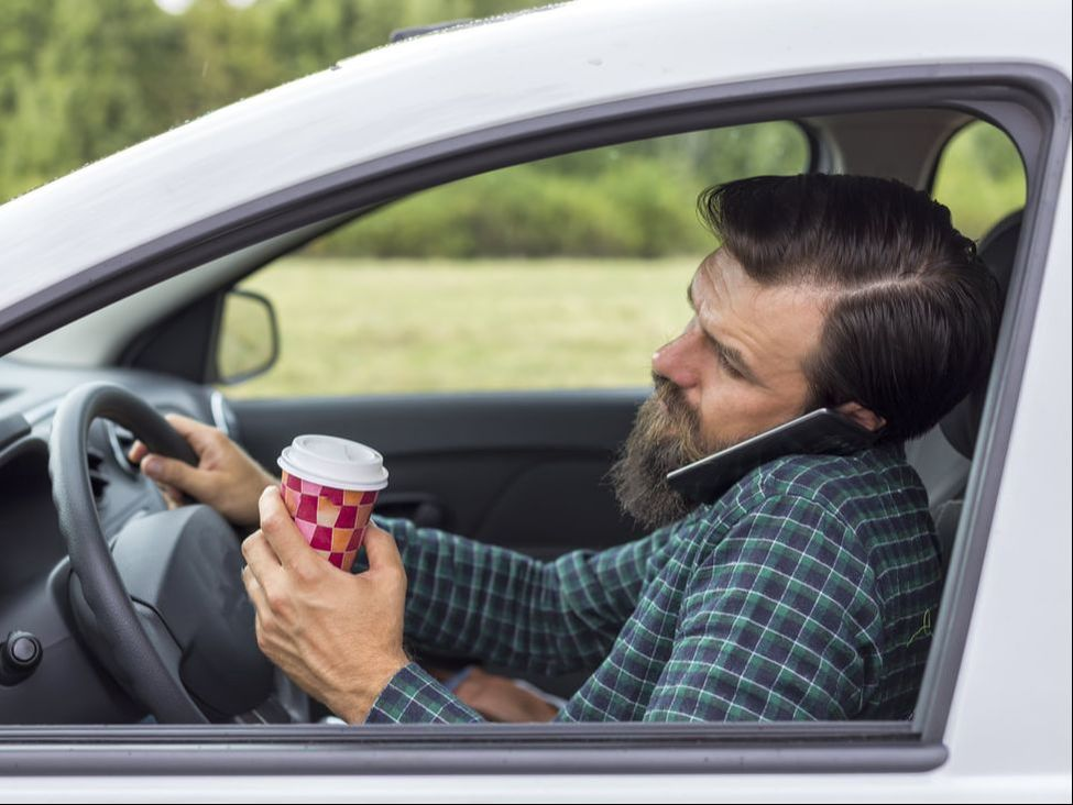Selective offers tips and resources to prevent distracted driving.