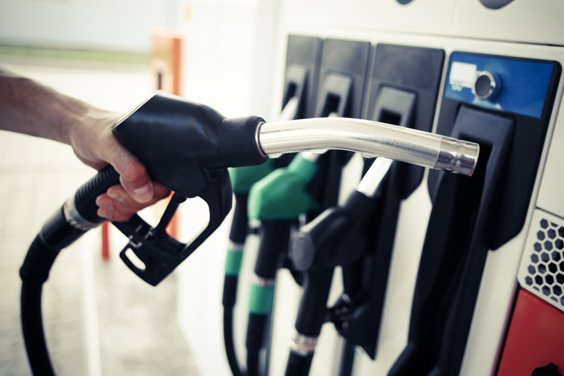 You can reduce your fuel expenditures by simply changing the day of the week on which you buy gas.