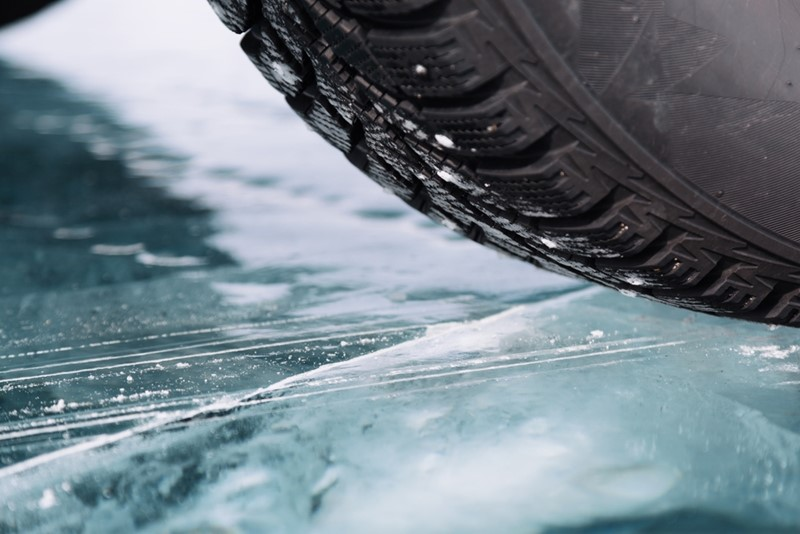 How To Safely Navigate Icy Roads
