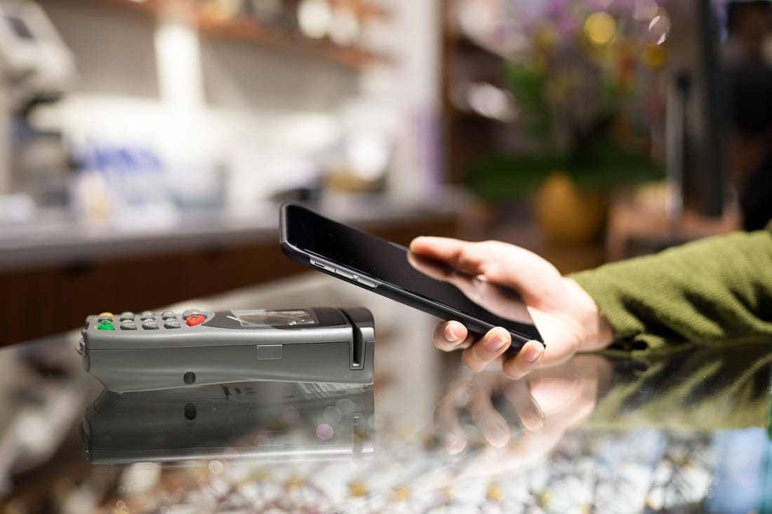 Utilizing Mobile Payment Systems