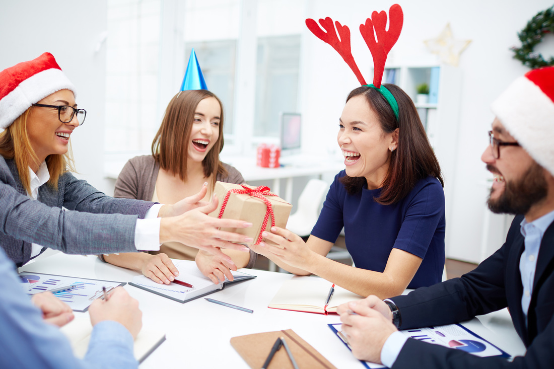 Maintaining Productivity and Engagement During Through the Holidays