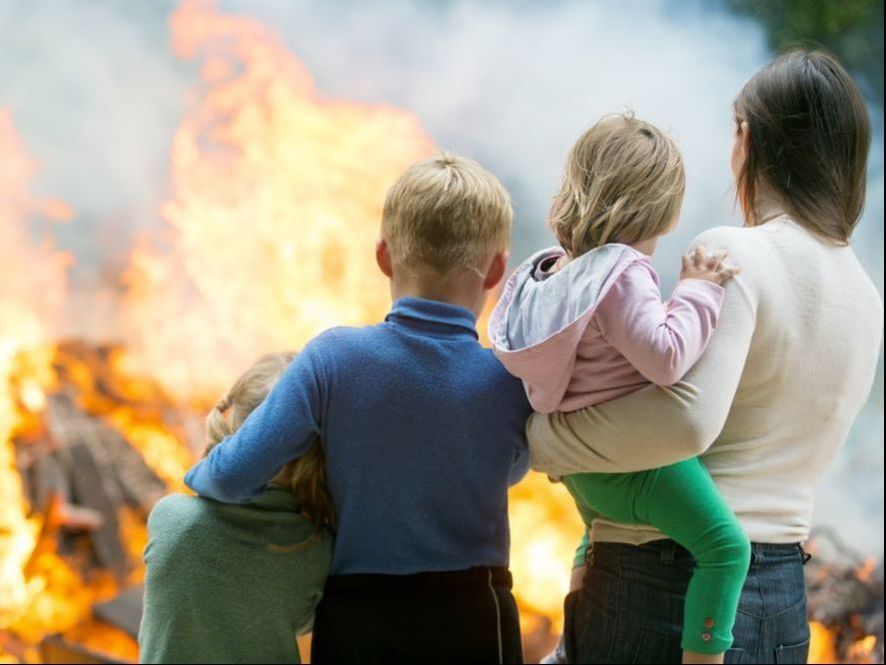 ​In the interest of helping save lives, consider this advice if you find yourself faced with a fire at a home or business.