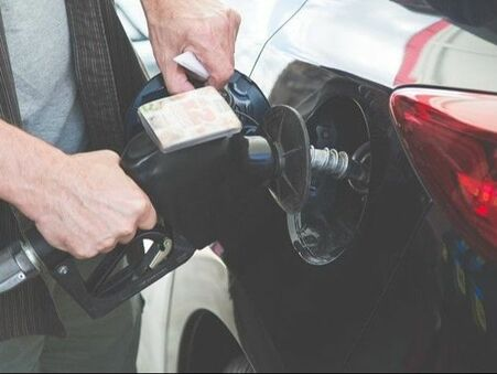 Why do gas prices spike in the summer?