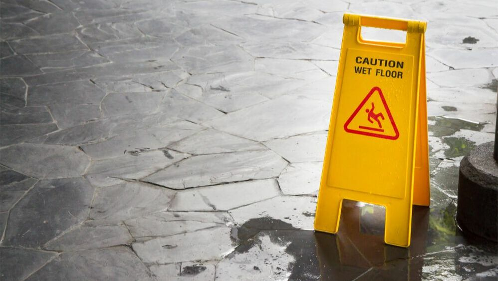 Here are some hazard to keep in mind and tips to reduce your risk of accidents occurring.